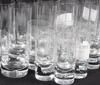 Glasservis, 35 delar, kosta. 1900 tal