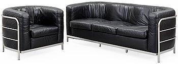 108. A Jonathan De Pas, Donato D'Urbino & Paolo Lomazzi three-seated 'Onda' black leather sofa, Zanotta, Italy.