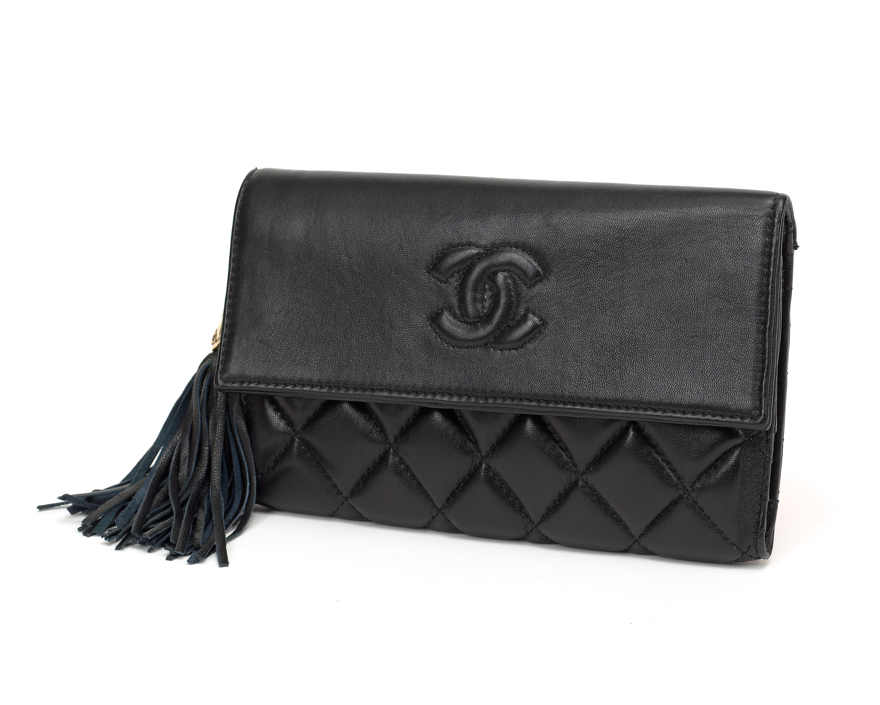 A black quilt leather wallet evening bag by Chanel. - Bukowskis a5e6e97967aaa