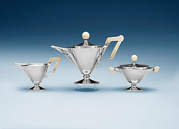 508. An Art Déco 830/1000 silver tea-service, probably Germany, 1920-30's.