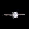 Ring, cushion cut diamond, ca 0.85 cts.