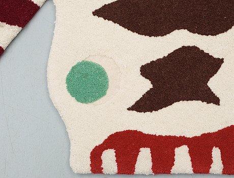 """Matta. """"odjursmattan"""" även """"matta nr 7"""". handtuftad av hitex. 178 x 118 cm. design av josef frank för svenskt tenn."""
