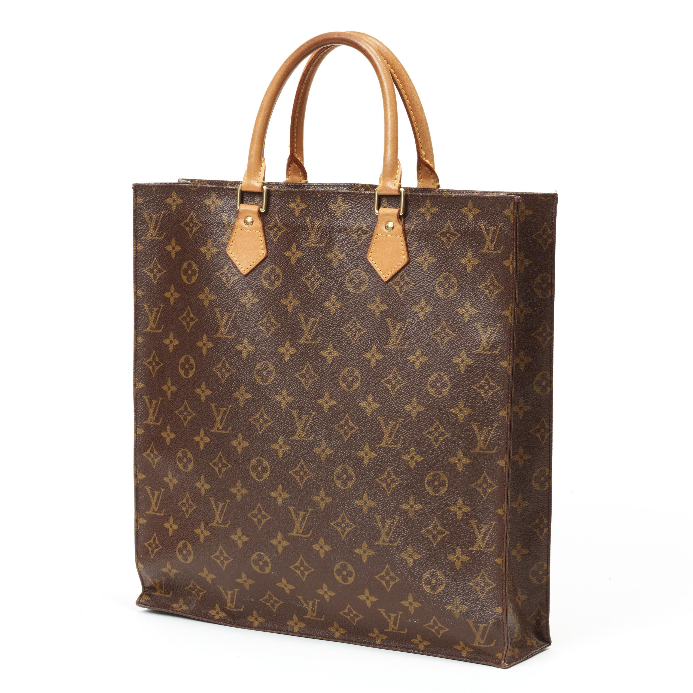 A monogram canvas handbag by Louis Vuitton 10180f719167d