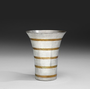 473. Estrid Ericson, An Estrid Ericson pewter vase by Svenskt Tenn 1948.