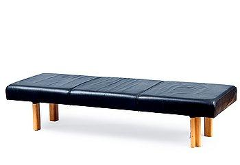 305. Alvar Aalto, BENCH.