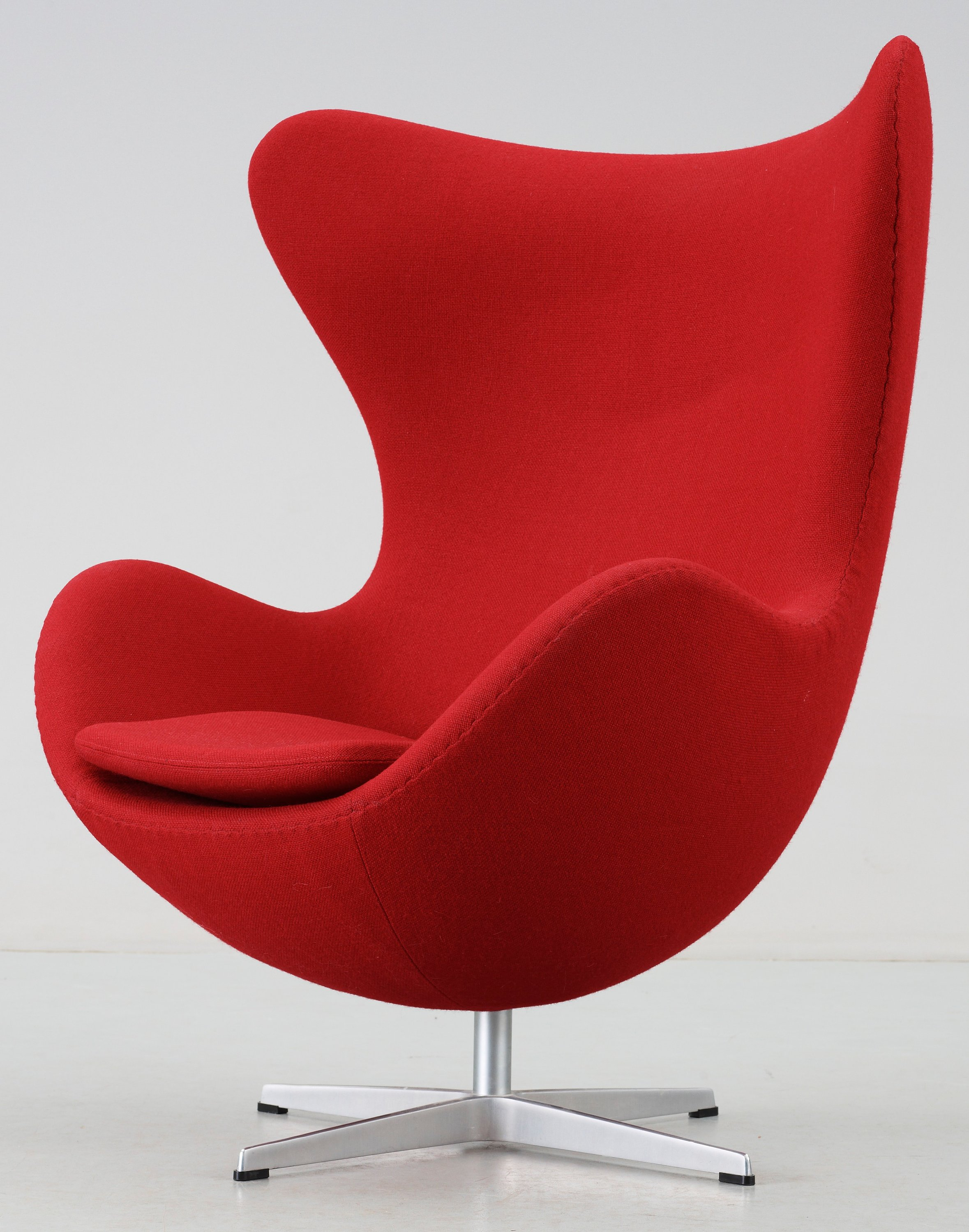 An Arne Jacobsen Egg Chair Fritz Hansen Denmark 1998 Upholstered In Red Fabric Bukowskis