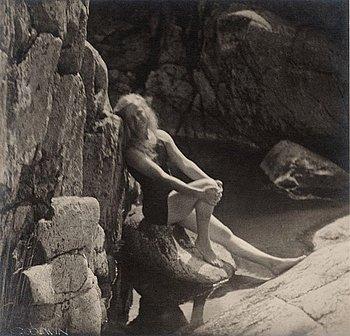 """309. Henry B. Goodwin, """"Efter en lång simtur vid hamnudden"""", 1922."""