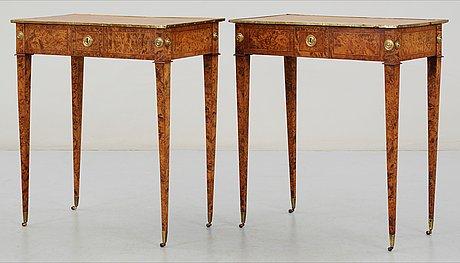 Bord, ett par, av anders lundelius 1785 (mästare i stockholm 1778-1823). gustavianska.
