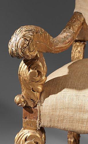 Hedvig eleonoras audiensstol 1709. troligen tillverkad av burchardt precht.  karolinsk guldbarock.