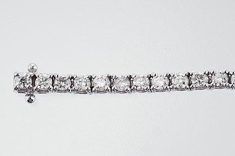 Diamantarmband.
