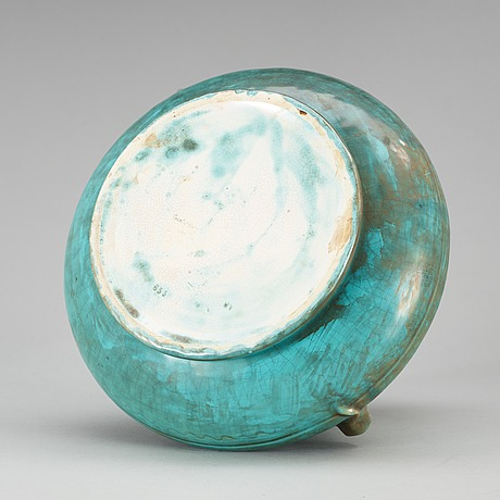 An art noveau creamware jar by gustafsberg, sweden 1909.