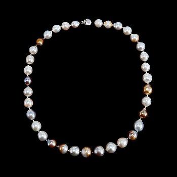 57. COLLIER, Biwa pärlor Ø 10 - 14 mm.