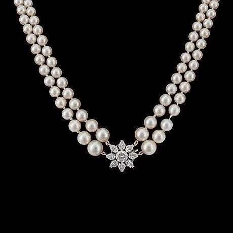 Collier, w.a. bolin, diamanthänge, tot. ca 3 ct, med två rader orientaliska samt odlade pärlor. 8,8-3,3 mm.