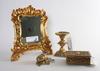 Bordsspegel, ljusstake och skrin samt smyckesgÖmma, 1900-tal.