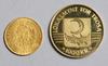 Guldmynt, 2 st, Österrike 1892 resp trosa stad, sverige 1980. totalvikt 13g.