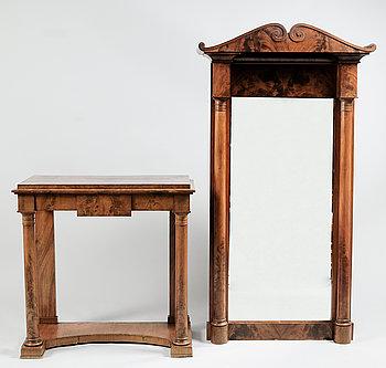 284044. SPEGEL MED BORD, Karl Johan, 1800-talets första hälft.