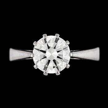 1033. A brilliant cut diamond ring, 1.64 cts.