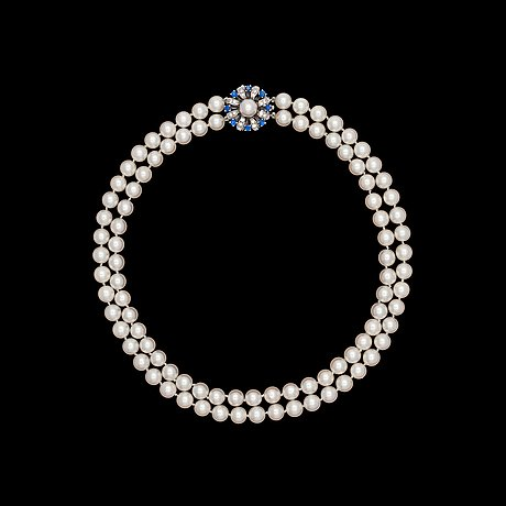 A two strand cultured pearl necklace, 8 mm.