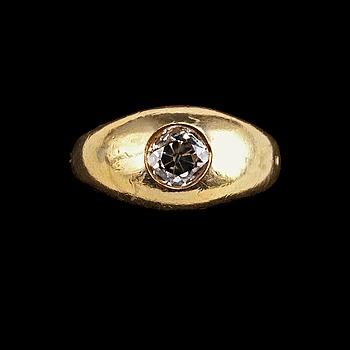 93. RING, antikslipad diamant ca. 1.00 ct.