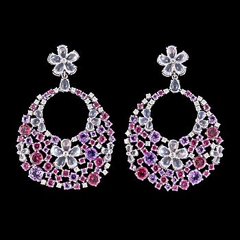 1027. A pair of multi coloured precious stone and brilliant cut diamond earrings, tot. 1.19 cts.