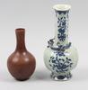 Vaser, 2 st, porslin. kina. 1900-tal.