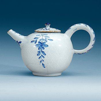 852. A Swedish Rörstrand faience teapot with cover, 18th Century.