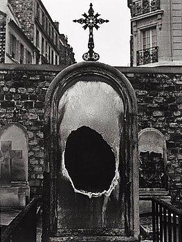 """104. Christer Strömholm, """"Montmartre 1949""""."""