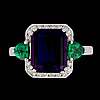 An amethyst, 4.85 cts, tsavorite, app. 1 ct and brilliant cut diamond ring, tot. 0.27 cts.
