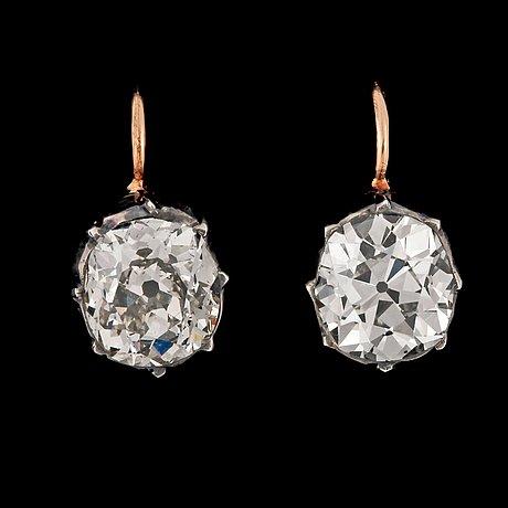 ÖrhÄngen, antikslipade diamanter, tot. ca 3.45 ct. rysk fattning.
