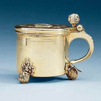 965. A Swedish 17th century silver-gilt tankard, makers mark of Jacob Garnier (Stockholm 1657-1659 and Strängnäs 1659-1680).