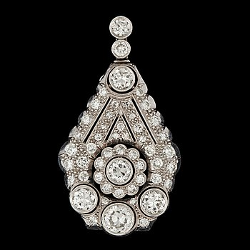 1052. A brilliant cut diamond pendant,tot. app. 3.20 cts, Gothenburg 1943.