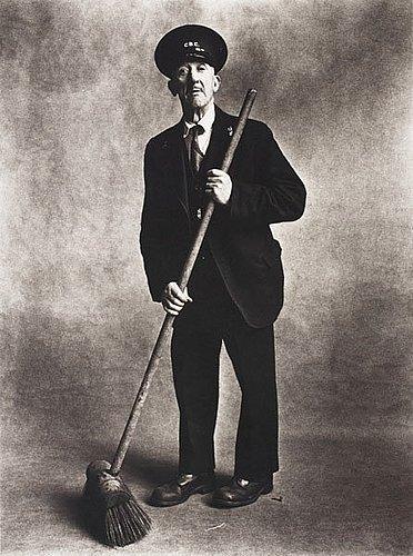 """Irving penn, """"road sweeper, london 1950""""."""