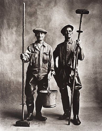 "Irving penn, ""lorry washers, london 1950""."