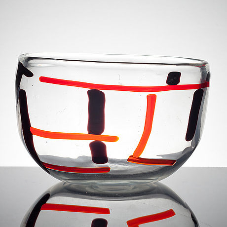 A fulvio bianconi vase with an abstract internal decoration in aubergine/black and red, venini, italy 1951-52.