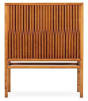 539. A walnut cabinet by cabinetmaker Sten-Olof Fransson, Linköping 1958.