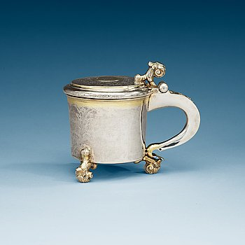 966. A Swedish 18th century parcel-gilt tankard, makers mark of Bengt Collin, Uppsala (1699-1755).