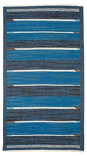 Utgår felkatalgoseriat hus - matta. rölakan. 184,5 x 102,5 cm. signerad kb. sverige 1950-60-tal.