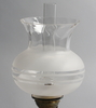 Bordsfotogenlampa, glas. märkt sea glasbruk ab, kosta sweden.