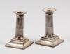 Ljusstakar, ett par, silver, otydliga stämplar, möjligen newcastle 1800-tal.