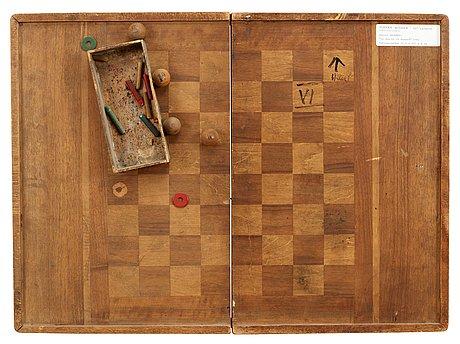 "Daniel spoerri, ""le jeu et le hasard""."