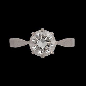 1. RING med briljantslipad diamant, 1.34 ct.