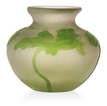 824. A Karl Lindeberg Art Nouveau cameo glass vase, Kosta, Sweden.