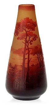 924. A d'Argental Art Nouveau cameo glass vase, France, early 20th century.