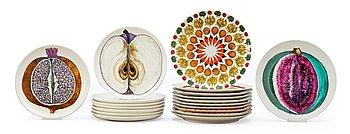 8. A set of 19 Piero Fornasetti porcelain plates, Milano, Italy.