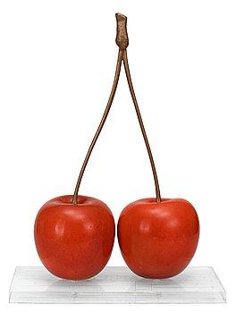 1015. HANS HEDBERG, skulptur, i form av ett par körsbär, Biot, Frankrike.