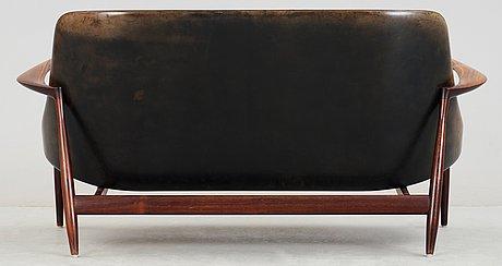 An ib kofod larsen 'elisabeth' palisander and black leather sofa, christensen & larsen, denmark 1950-60's.