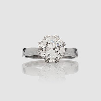 1128. RING med gammalslipad diamant, 1.97 ct. Kvalitet ca I-J/VS.