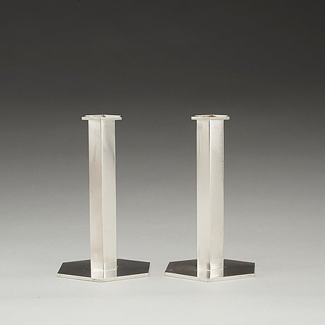 A pair of wiwen nilsson sterling candlesticks, lund 1971.