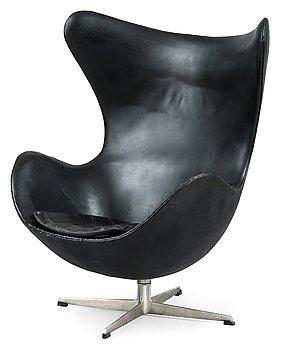 280. Arne Jacobsen, AN ARMCHAIR.