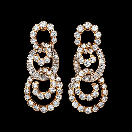 A pair of van cleef & arpel earrings set with different cut diamonds, tot. 15 cts.